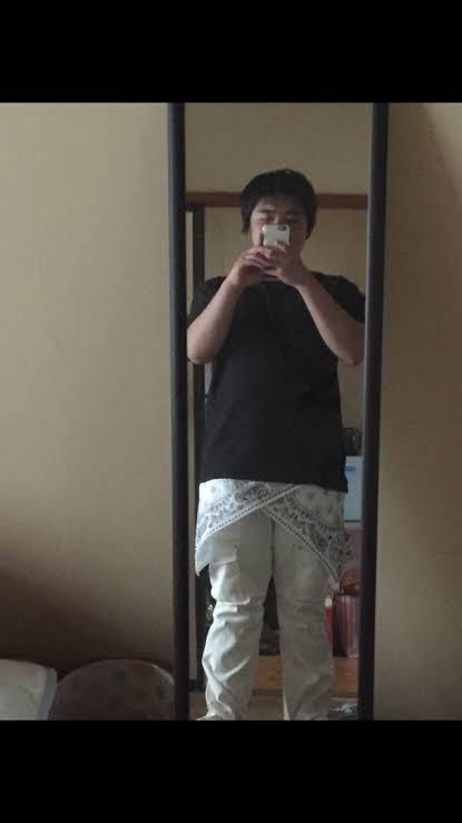 Twitterで痛いファッション晒してたイキリオタク テーブルクロスがウケタ